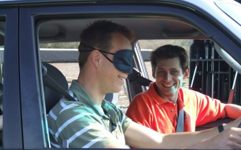 Blindfold 4x4 /Jeep Driving