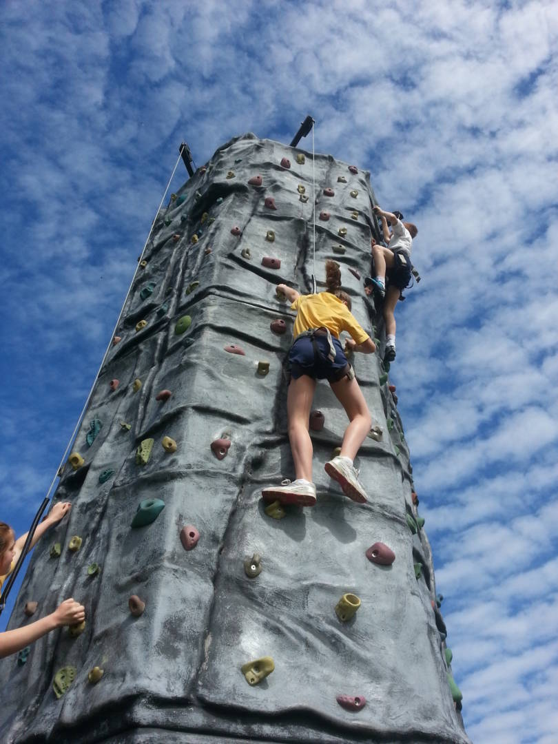 Mobile Rock Climbing Wall Hire In Sussex Kent And Surrey